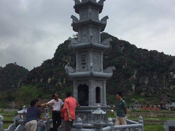 Mẫu mộ đá tháp đẹp thiết kế hiện đại chất lượng cao giá tốt