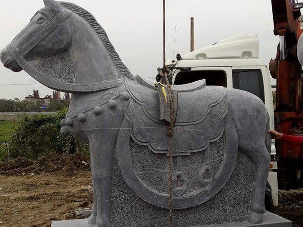 Ngựa đá phong thủy tăng tài lộc đẹp nhất chất lượng tốt giá rẻ