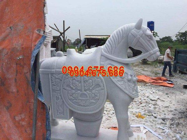 Ngựa đá phong thủy tăng tài lộc đẹp nhất chất lượng tốt giá tốt