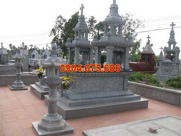 lăng mộ công giáo đá xanh rêu