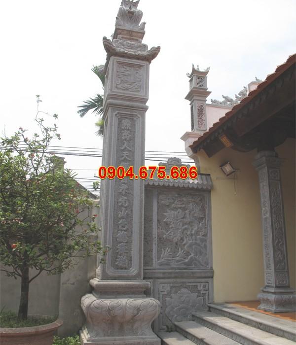 Cột nhà thờ từ đường bằng đá