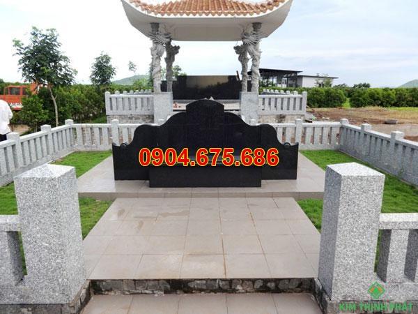 Nhà mồ đá hoa cương ở Tây Ninh