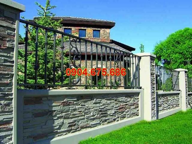 Hàng rào ốp đá chẻ
