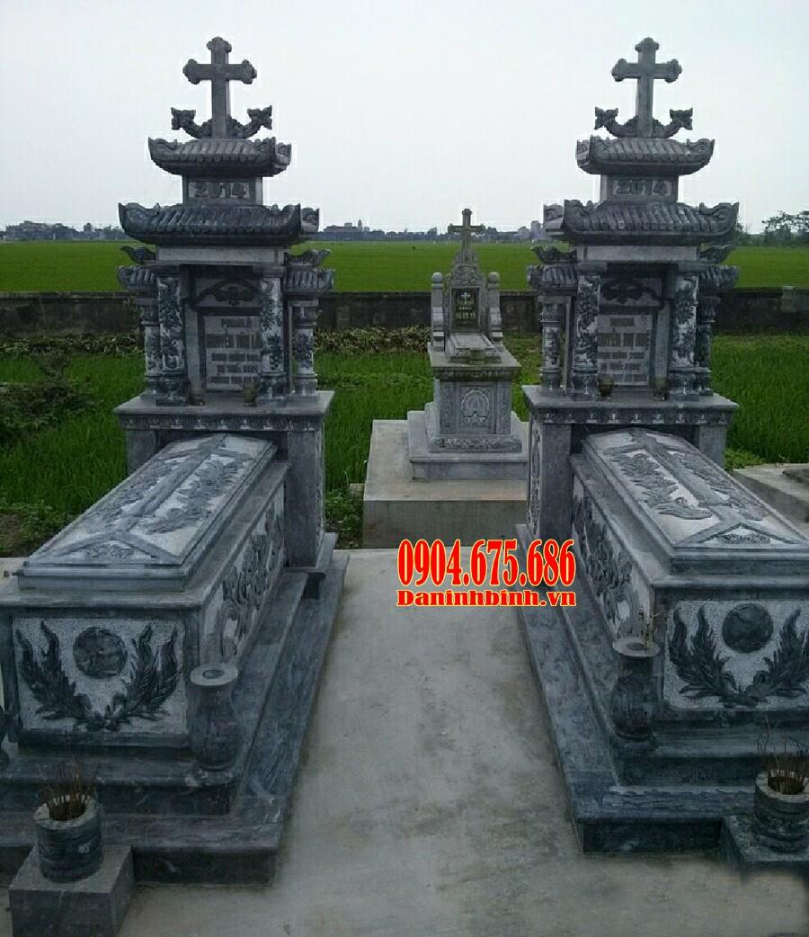 Mẫu mộ đá công giáo bằng đá xanh đen Thanh Hoá đẹp
