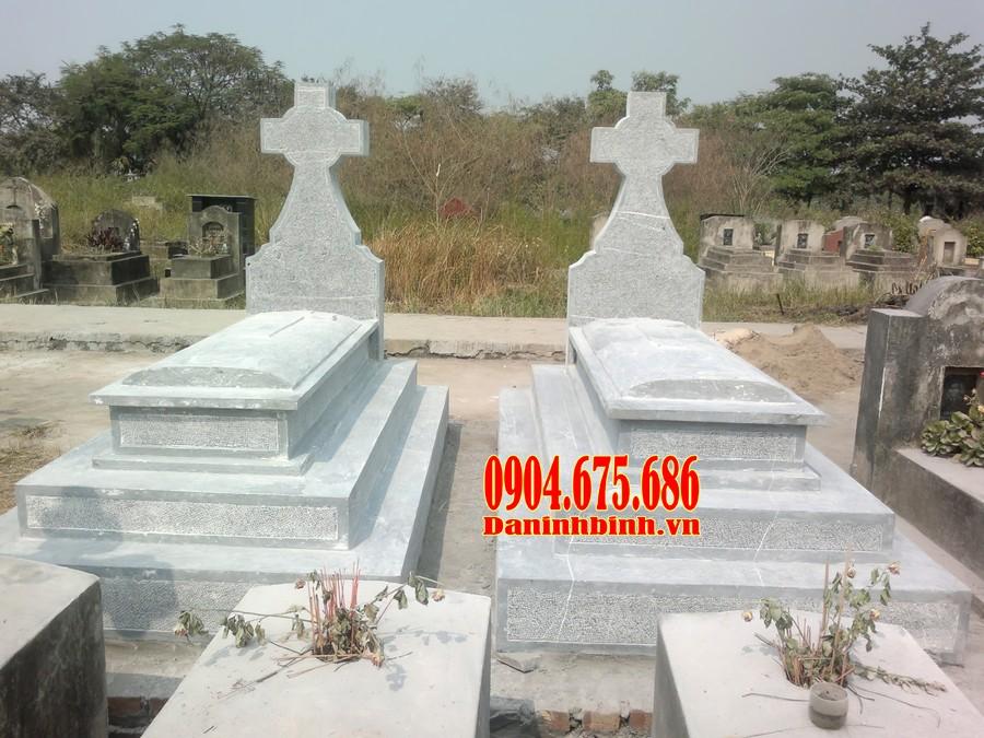 Mẫu mộ công giáo thiết kế theo mẫu mộ tam cấp đơn giản mà đẹp mắt