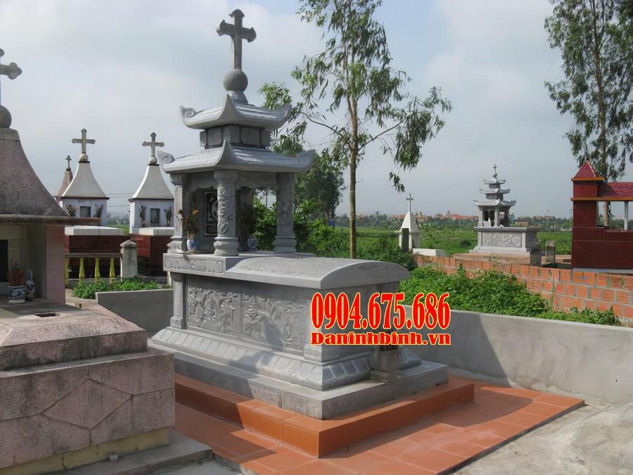 Mẫu mộ công giáo hai mái đá đẹp