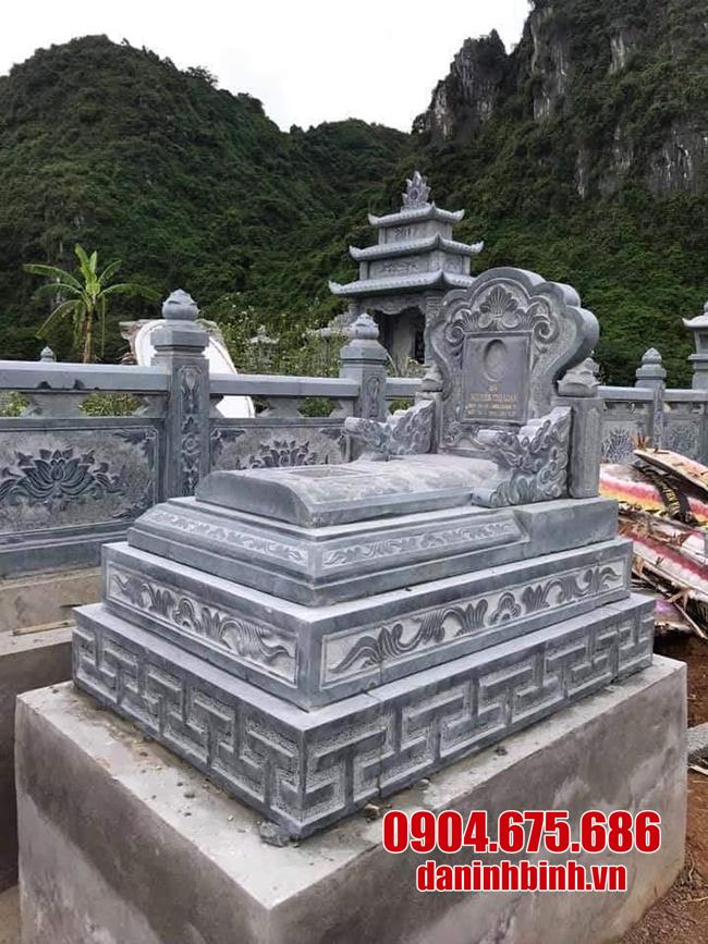 những mẫu mộ tam sơn đá