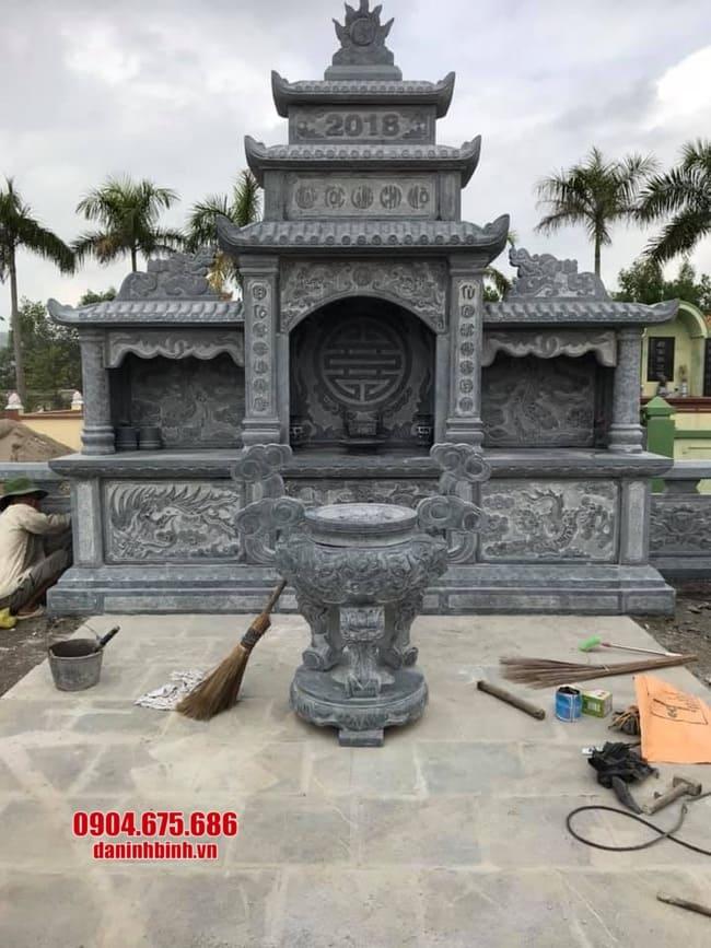 lăng mộ bằng đá