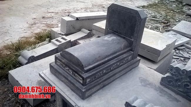 làm mộ tam cấp đá tại bình phước