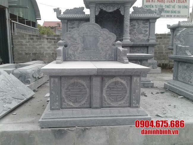 mộ đá dành cho hai người