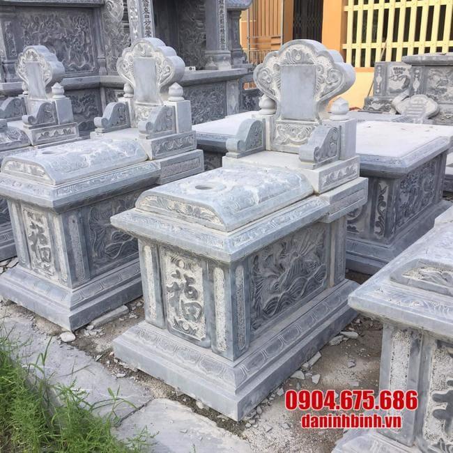 mộ tam sơn bằng đá lắp đặt tại Long An