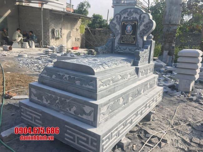 mẫu mộ tam sơn đá tại bình phước