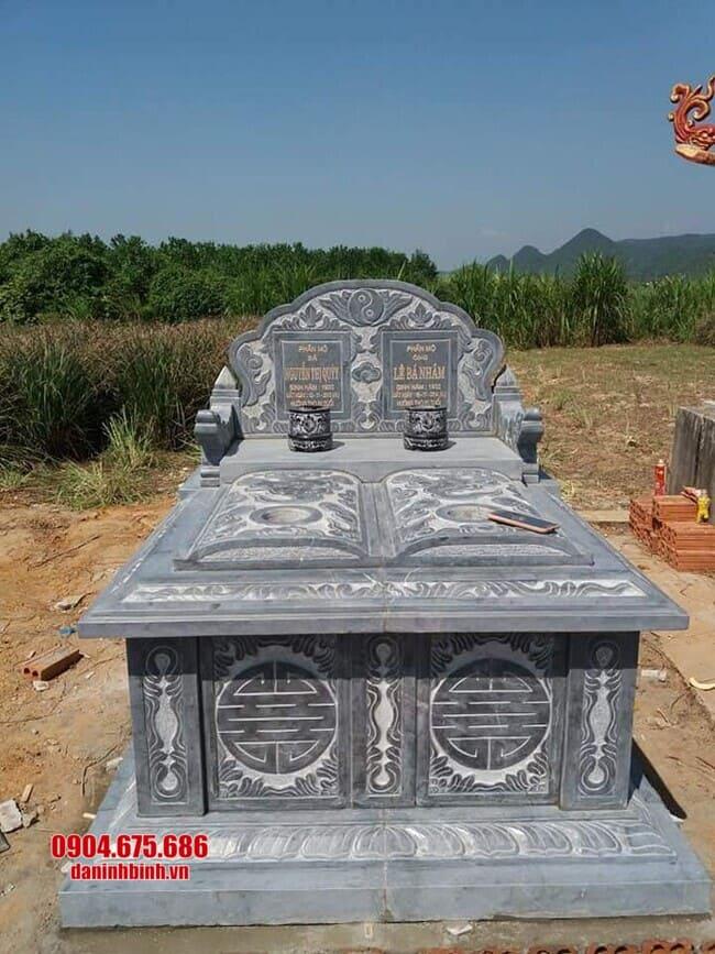 mộ đôi bằng đá xanh tại bình phước