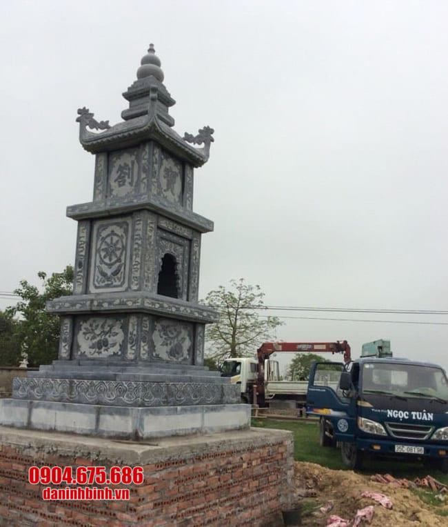 mẫu mộ đá hình tháp tại Bình Định đẹp