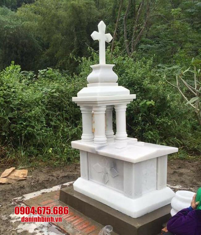 mộ cho người theo đạo bằng đá đẹp