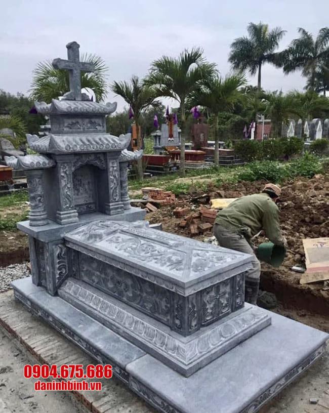mộ đá cho người theo đạo