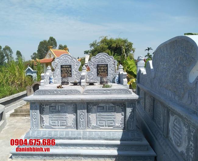 Cấu tạo mộ đôi bằng đá xanh