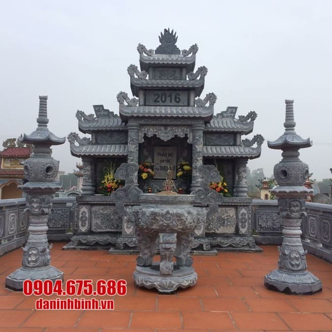 khu lăng mộ đá đẹp tại Ninh Thuận