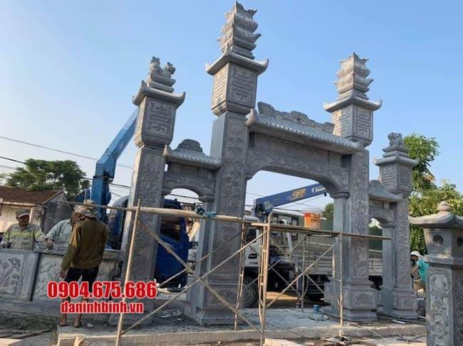 mẫu cổng tam quan đá đẹp tại Hưng Yên