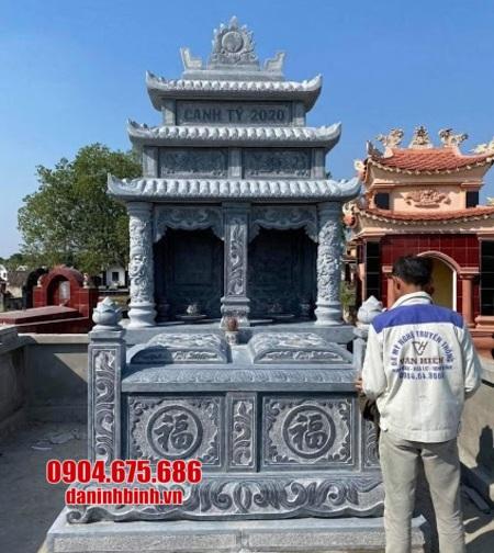 mộ đá đôi bằng tại Phú Yên