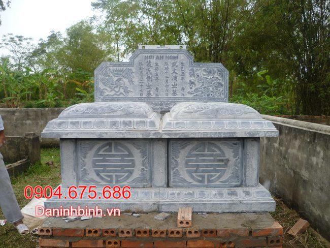 mộ đôi làm bằng đá tự nhiên tại bạc liêu