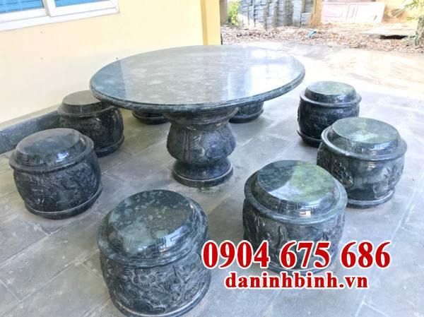 Mẫu bàn ghế đá tự nhiên đẹp