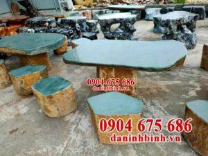 Những lưu ý và cách bảo quản bàn ghế đá sân vườn