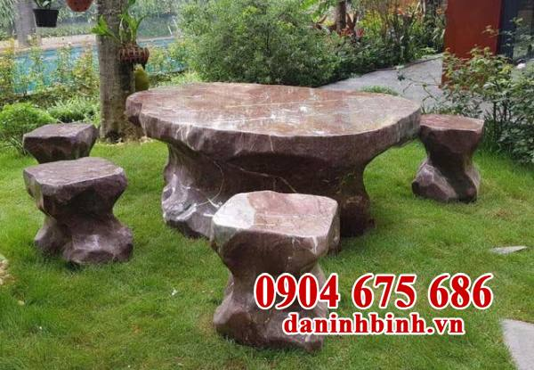 Lưu ý và cách bảo quản bàn ghế đá ngoài trời