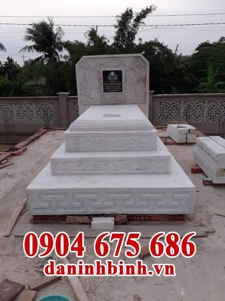 Đặc điểm của mộ đá hoa cương
