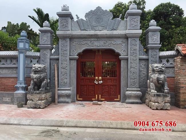 Xây dựng cổng nhà thờ họ như thế nào?